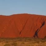 http://www.reisgidsaustralie.nl/wp-content/uploads/2014/07/Uluru-Ayers-Rock-43180-1024x211.jpg
