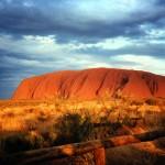 http://www.reisgidsaustralie.nl/wp-content/uploads/2014/07/Uluru-Ayers-Rock-43182.jpg